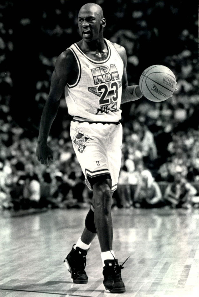 #2350 // 50 Classic Michael Jordan All-Star Game Photos (20)