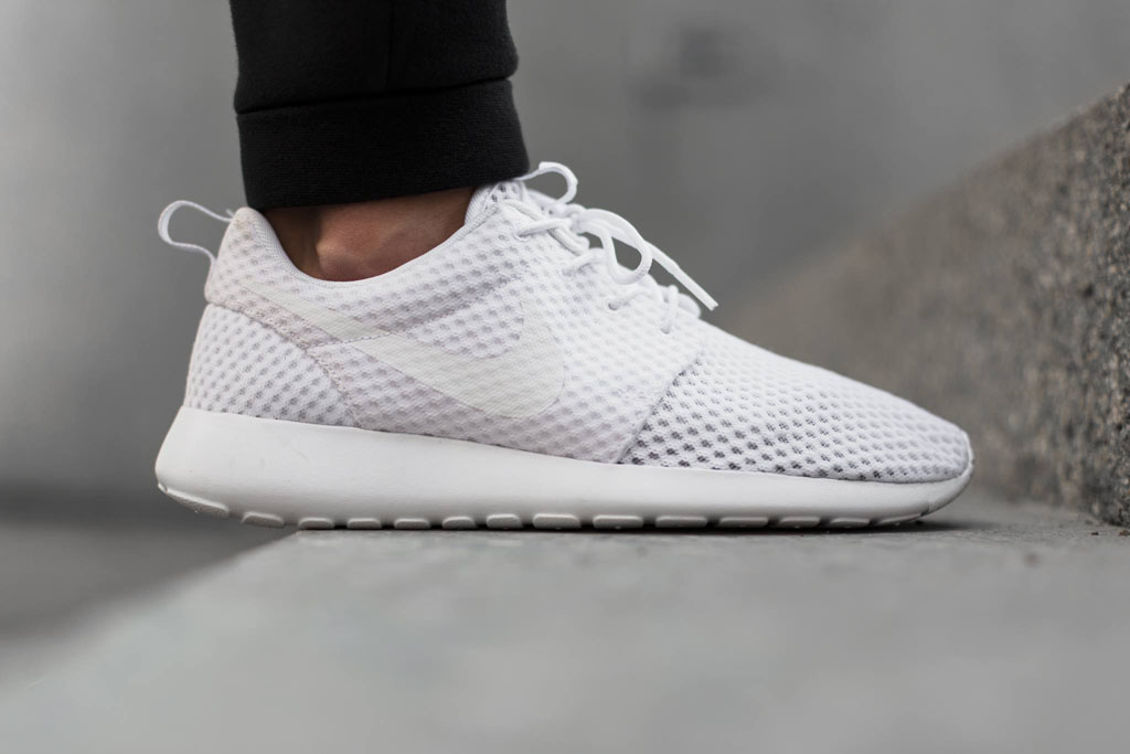 a41d3d389c00 The Nike Roshe Run Breeze Keeps Your Feet Cool in More Ways Than One ...
