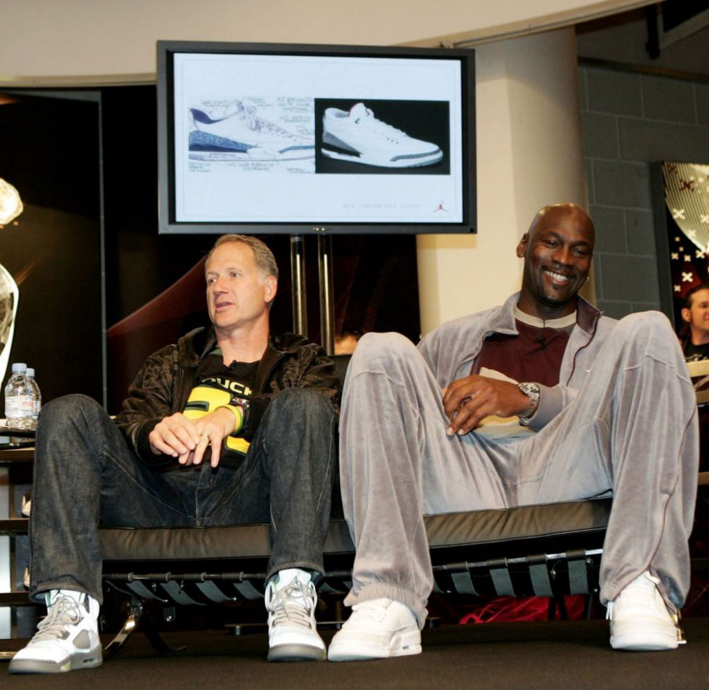 97e7139f0197 Tinker Hatfield wearing Air Jordan V 5 Retro Green Bean