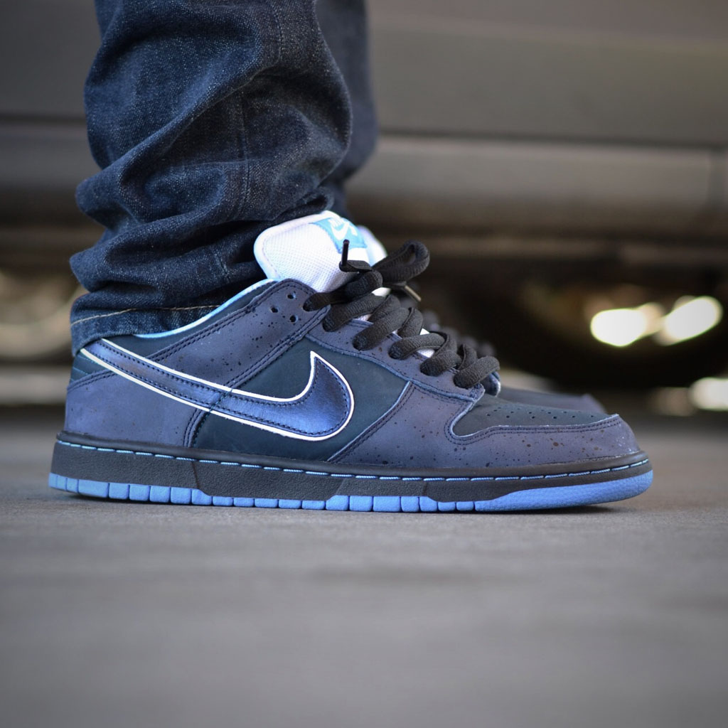 brand new f8858 85fe2 verse001 wearing the  Blue Lobster  Nike Dunk Low SB