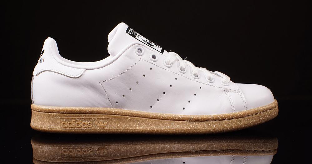 adidas originals stan smith gum sole sneaker