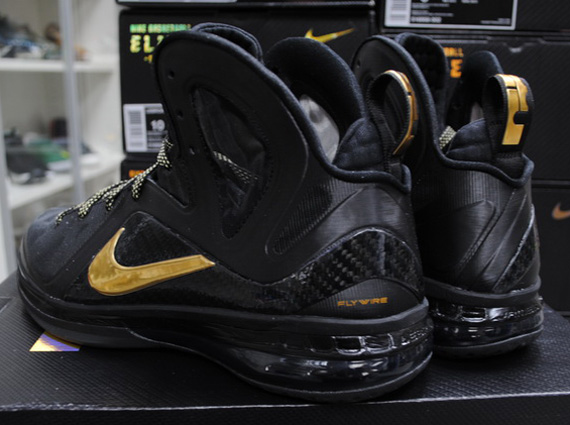 low priced 250ee cc5a4 via Air-Knight. Tags. ○ Nike LeBron 9 Elite. Popular in the Community