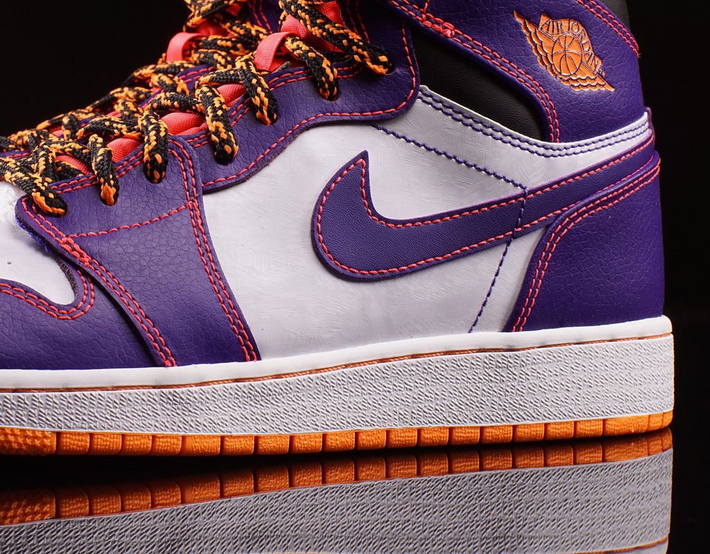 bdbf30266a576a Switched Up Laces for This GS Air Jordan 1