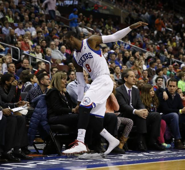 wholesale dealer 6c4a1 351b4 Tony Wroten's Air Jordan 10 Falls Apart On-Court | Sole ...