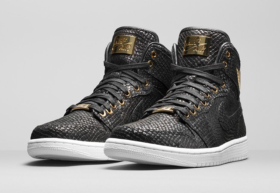Air Jordan 1 Pinnacle Black/Gold 705075-030 (1)