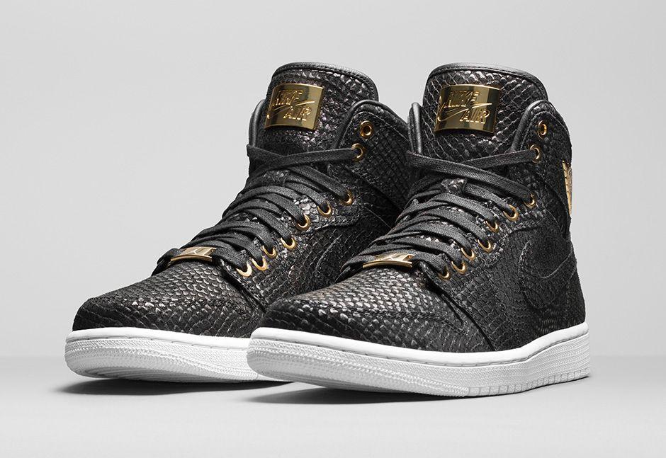 Air Jordan Black And Gold