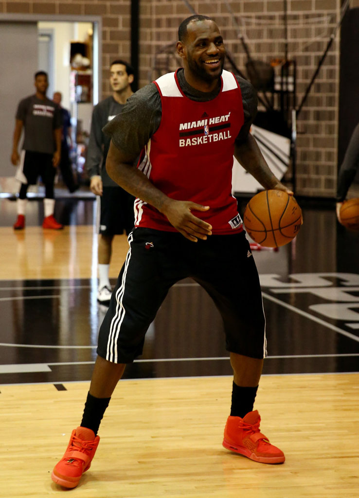 new style d9dda 1aa7d LeBron James wearing Nike Air Yeezy II 2 Red October (5)