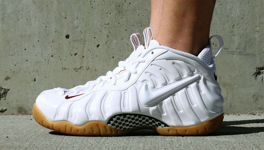 the best attitude b2c15 6669c Here's a Look At the 'Winter White' Nike Air Foamposite Pro ...