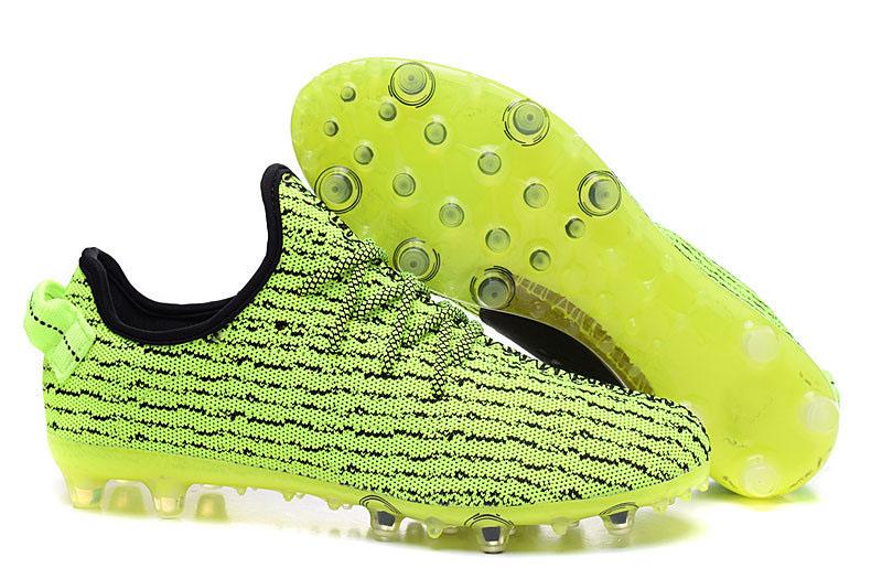 Fake adidas Yeezy 350 Cleats