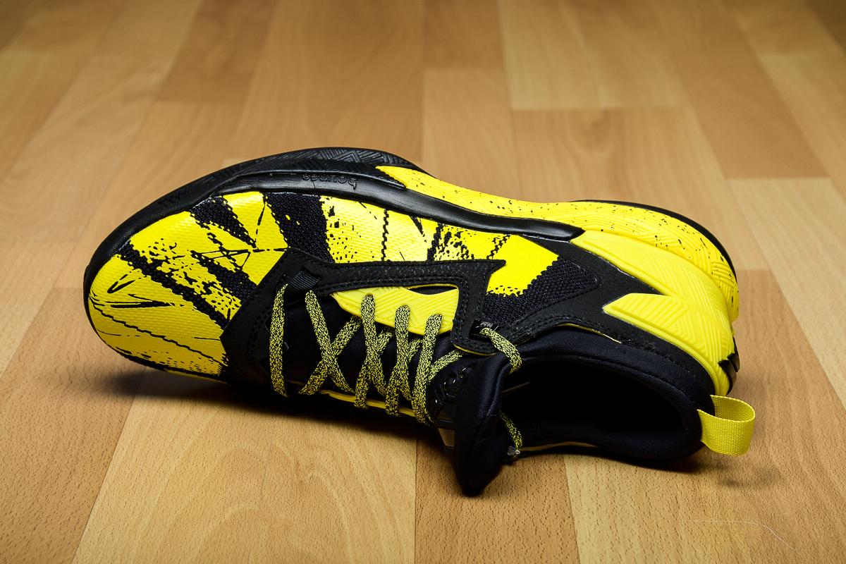 adidas D Lillard 2 Black/Yellow Tongue B42354