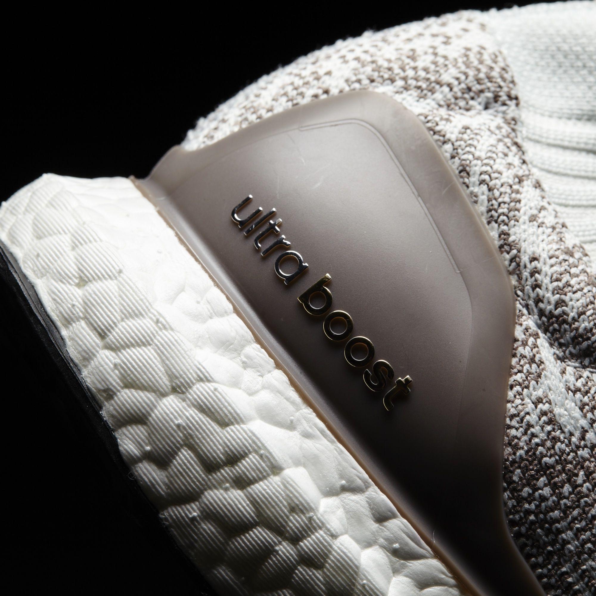 super popular d4897 17866 adidas Ultra Boost Uncaged LTD White Tech Earth Vapour Grey Detail BB4074