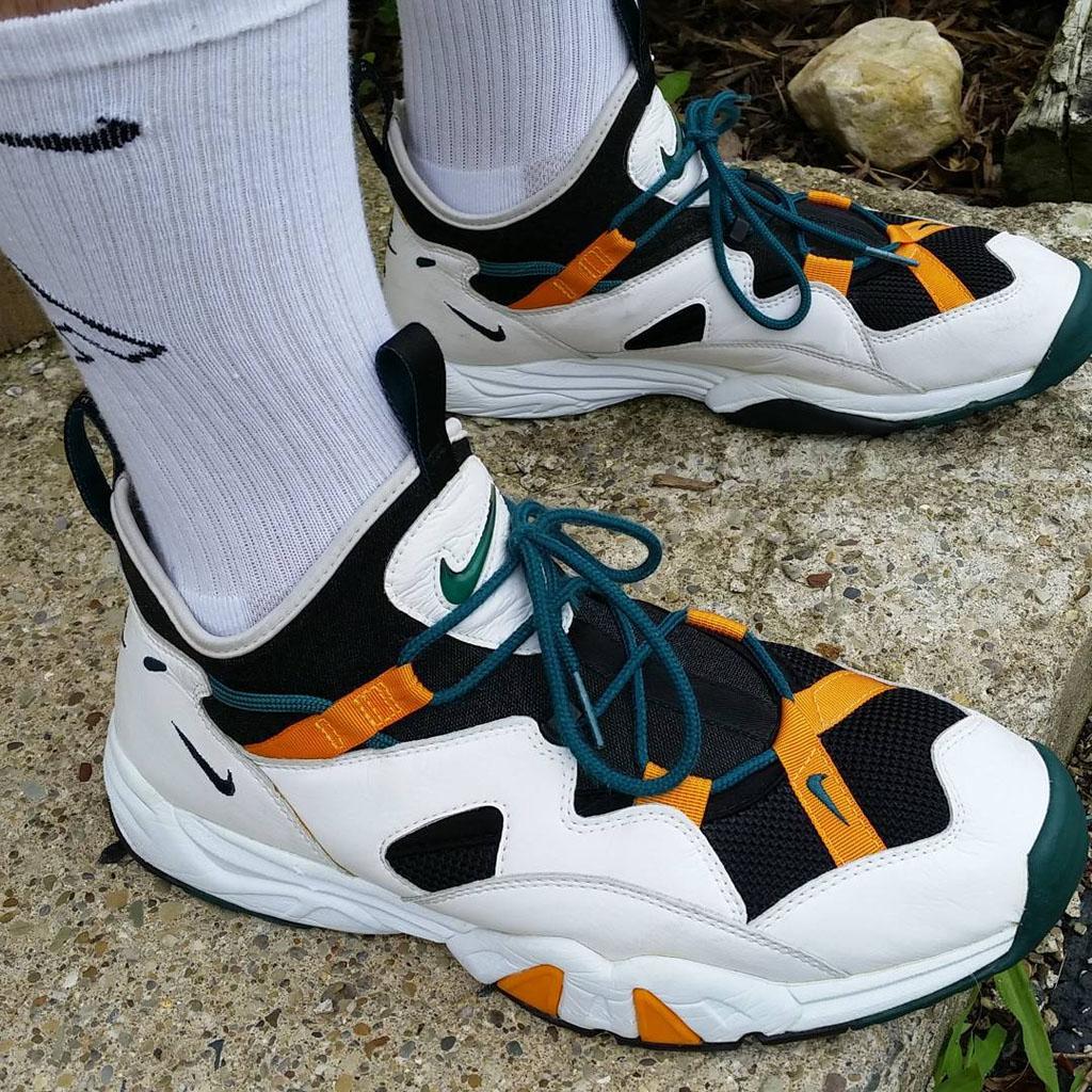 timeless design 7e8f5 71824 Shoe Nike Air Scream LWP OG