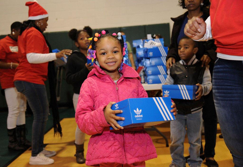adidas Sponsors Pusha T 1000 Shoes for a 1000 Smiles Event (18)