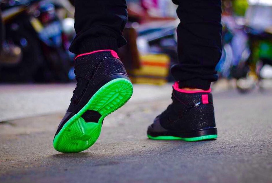 best service a8acf 39637 Nike SB Dunk High in Yeezy Colors for Black Friday   Sole ...