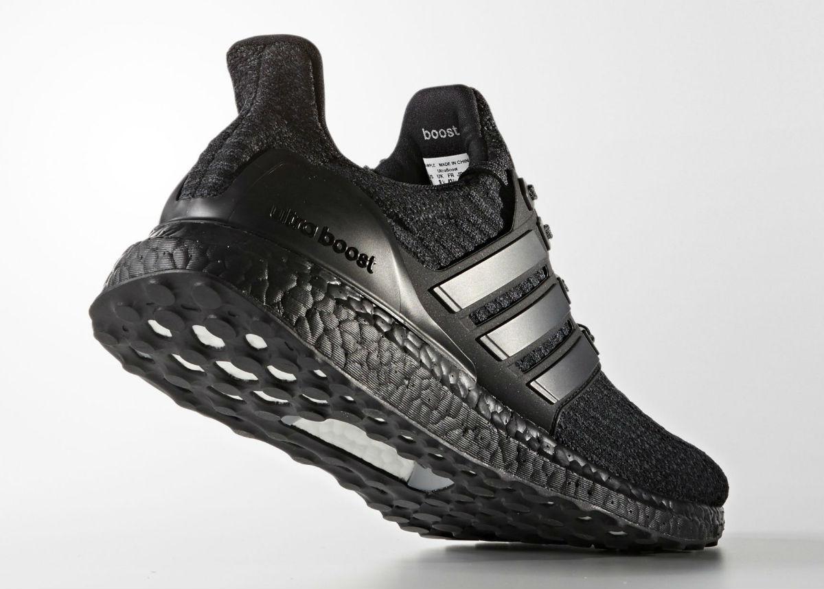 149ec6a96393d Adidas Ultra Boost 3.0 Triple Black Lateral BA8920