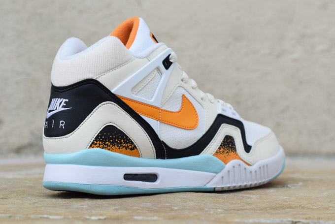 Nike Air Tech Challenge II Kumquat Heel