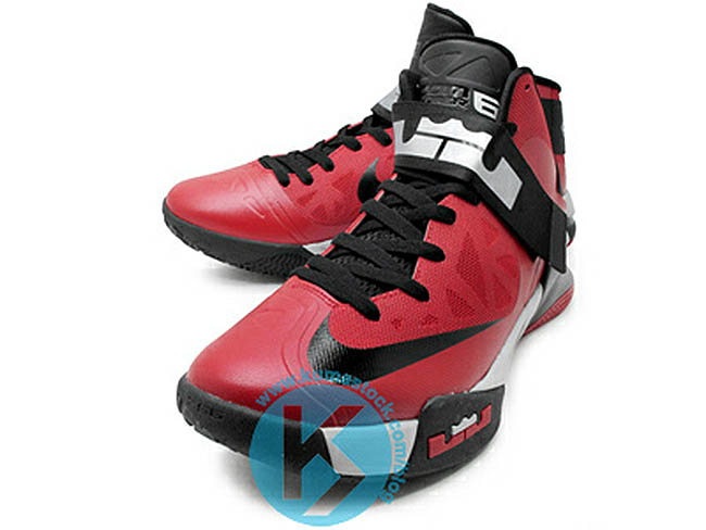 pretty nice effce 8e2b2 Nike Zoom Soldier VI University Red Wolf Grey Black 525015-600 (1)