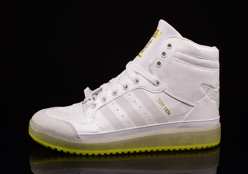 May the Force Be With You  A Brief History of Star Wars Sneakers ... d5d97c59e