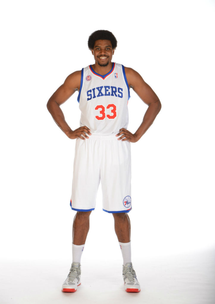Andrew Bynum wearing Nike Zoom Hyperfuse 2012