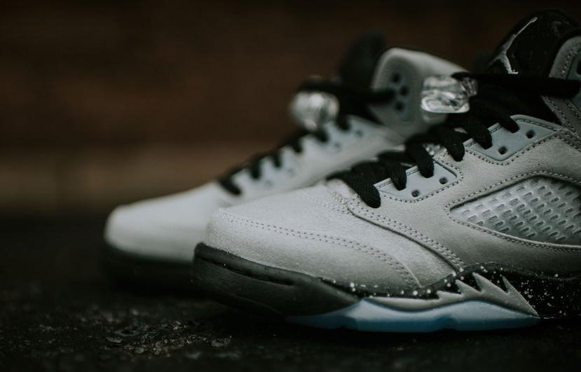 promo code 0ee20 dda95 Air Jordan 5 Wolf Grey GG Detail