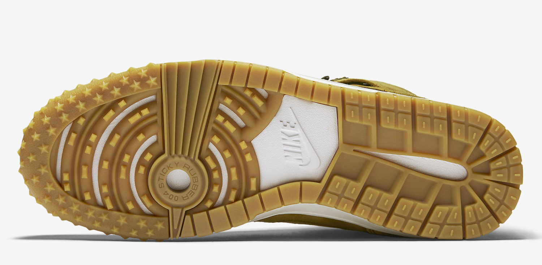 designer fashion 76134 07445 Nike Dunk CMFT Sneakerboot Style    805995-700. Price   150