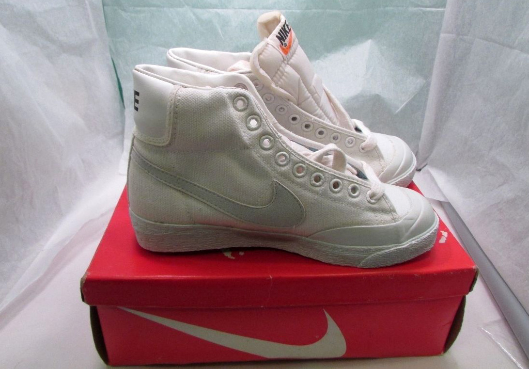 new concept 8b77d 2a9bc Nike Blazer in Canvas