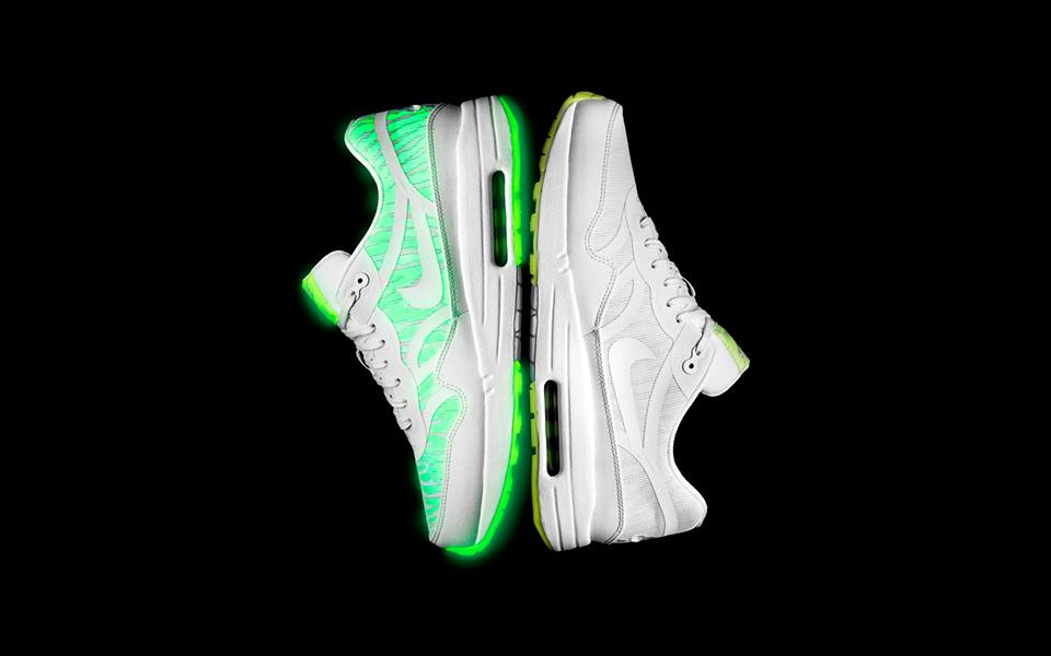 Nike Sportswear Air Max Glow Collection Air Max 1