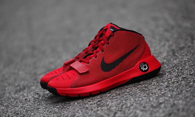 Straps Are Staying on This Nike KD Sneaker  0d9c2b7b5
