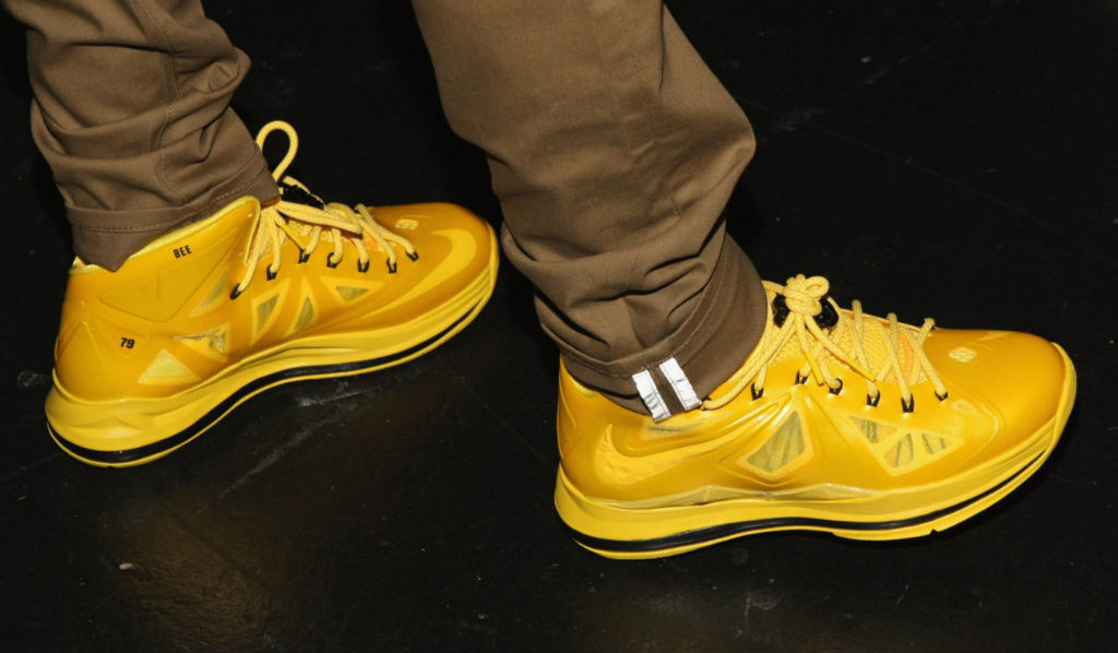 e7350ed1051 ... Pack Bow Wow Wearing NIKEiD LeBron X Must Be The Honey (4) ...