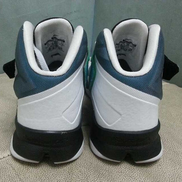 cf136c55622 Nike LeBron Zoom Soldier 8 White Blue-Yellow-Black (2)