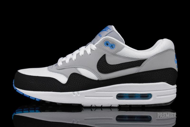 best service ec371 e35ba Nike Air Max 1 Essential - White  Black  Wolf Grey  Photo Blue