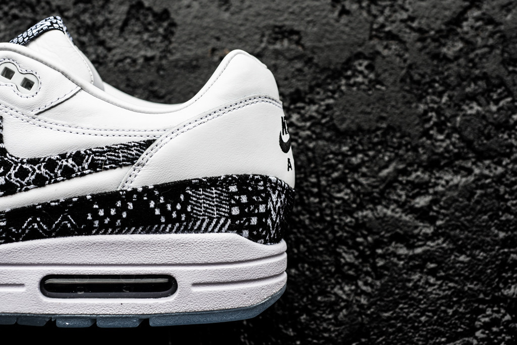 Nike Air Max 1 Ultra Flyknit iD Men's Shoe. Nike