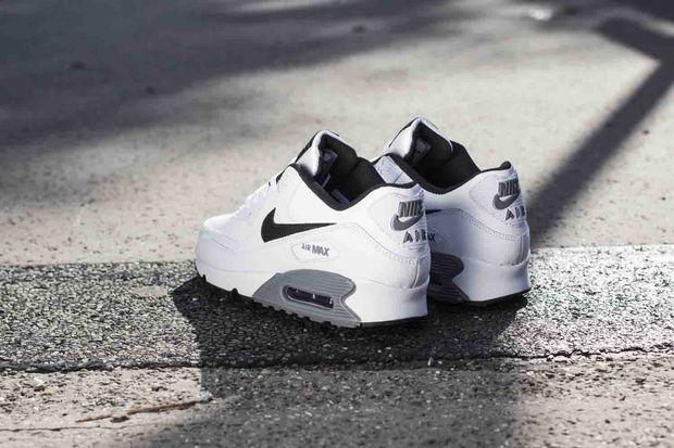 Nike Air Max 90 Essential White On Feet