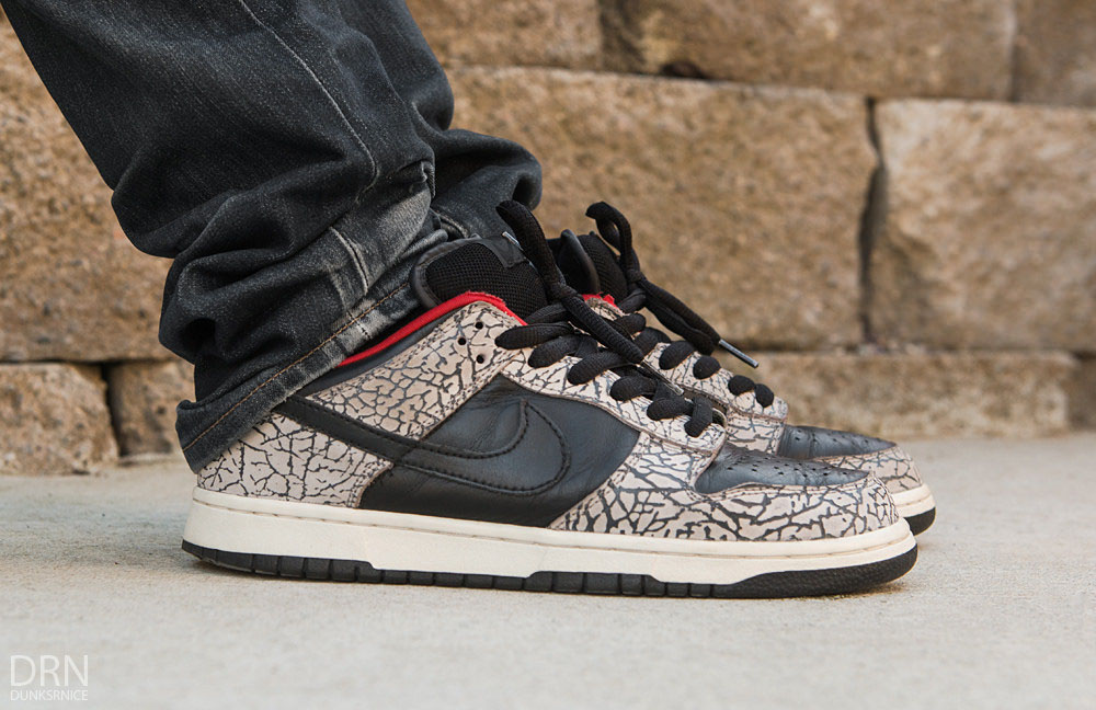 info for 2463a 54a82 dunksrnice in the Supreme x Nike Dunk Low SB