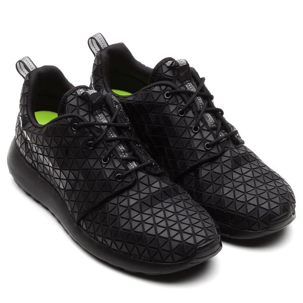 38e603632160 Nike Roshe Run Black Geometric - MHAMD MHAMD