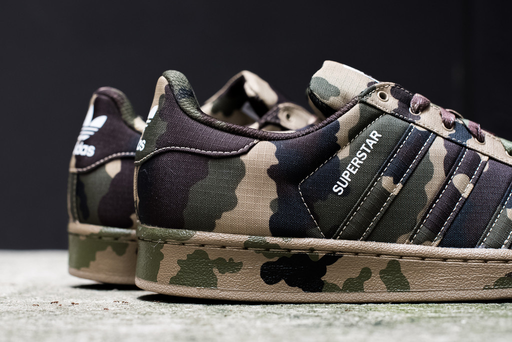 adias superstar camo