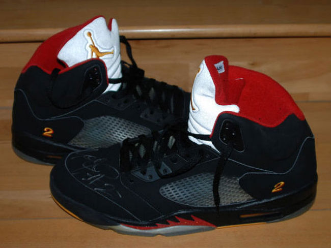 Hulk Hogan // Air Jordan V 5 Retro Joe Johnson Away PE