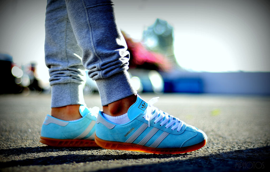 moy in the 'Frost Blue' adidas Originals Hamburg