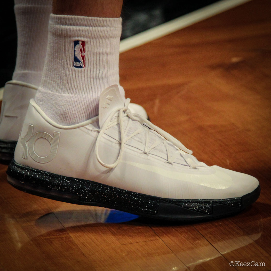 Mirza Teletovic wearing Nike KD 6 iD