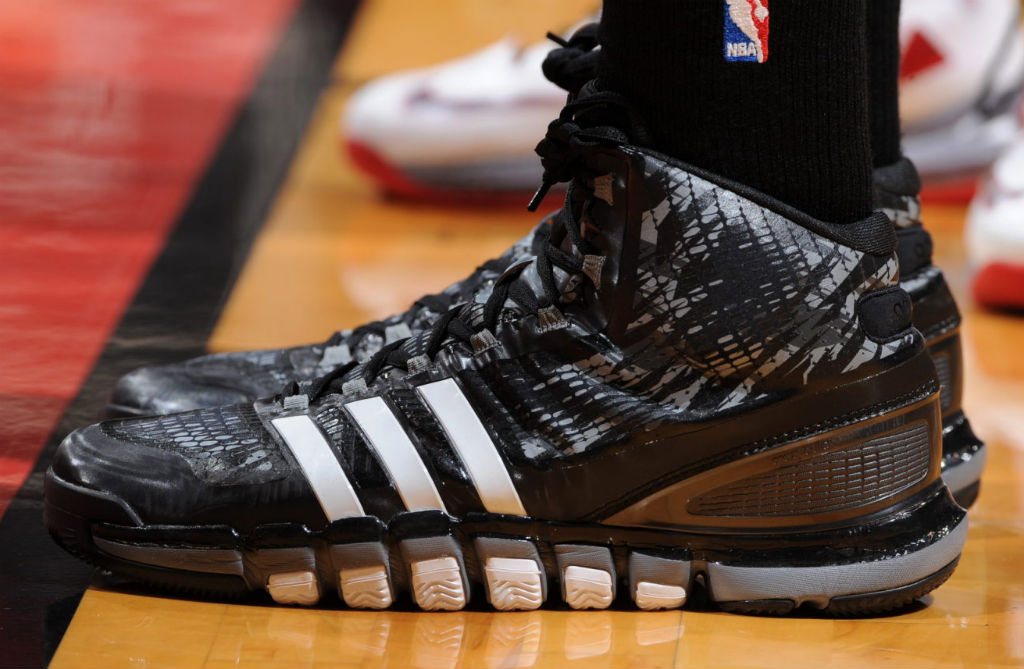 Tim Duncan Wears adidas Crazyquick PE In Game 1 (1)