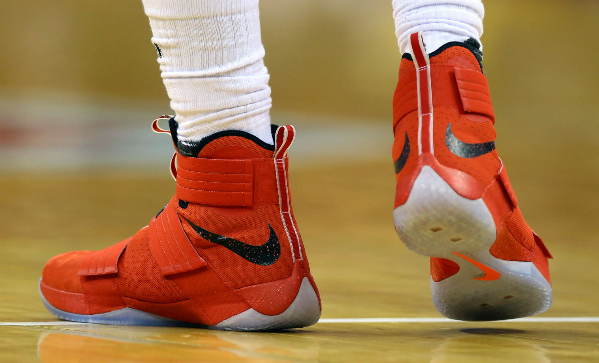 72a4caf25c3 LeBron James Wearing an Ohio State Nike LeBron Soldier 10 PE Left