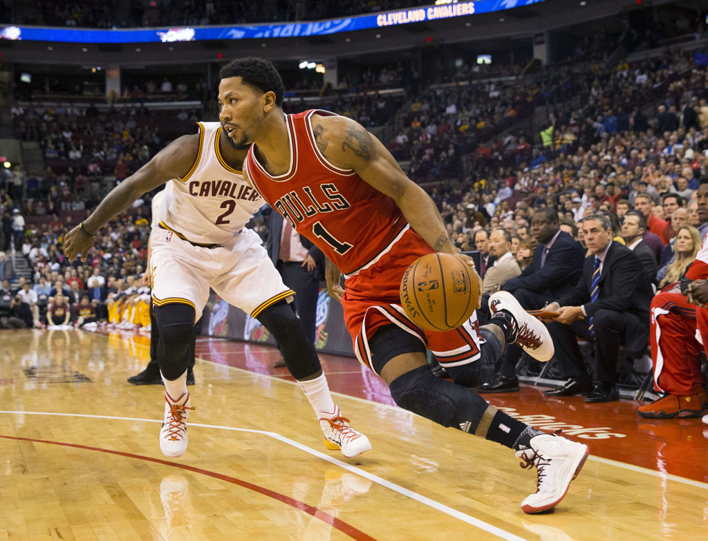 Derrick Rose Cooks Kyrie Irving in the adidas D Rose 5 Boost (2)