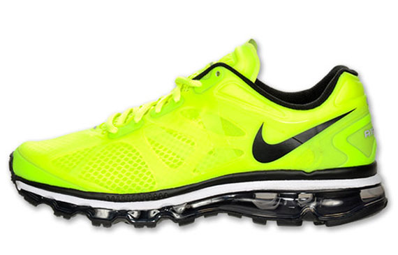 the latest dcad9 3cc49 ... get the volt air max 2012 is now up for grabs online from finish line.