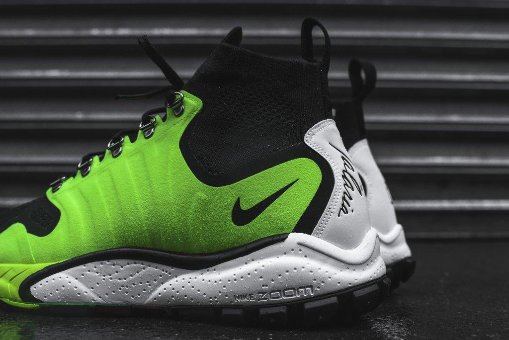 Volt Nike Air Zoom Talaria Mid Detail