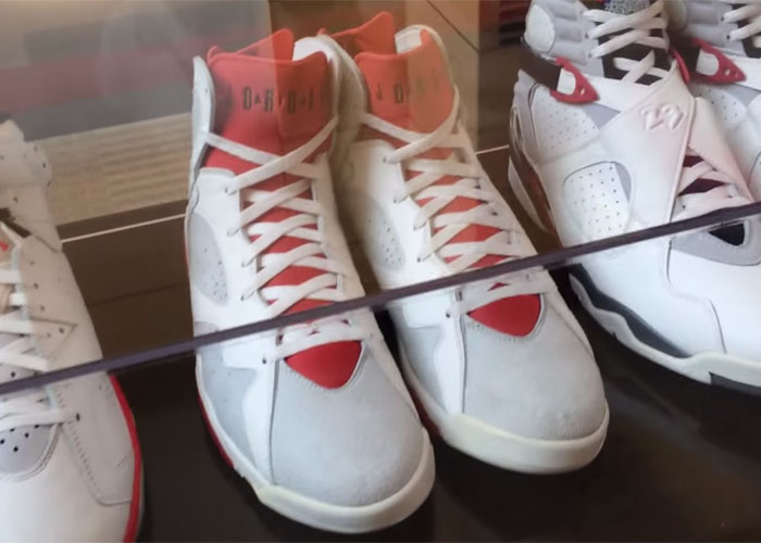 meet ca49e ba2b1 Air Jordan 7 Red Tongue Hare Sample from Nike HQ