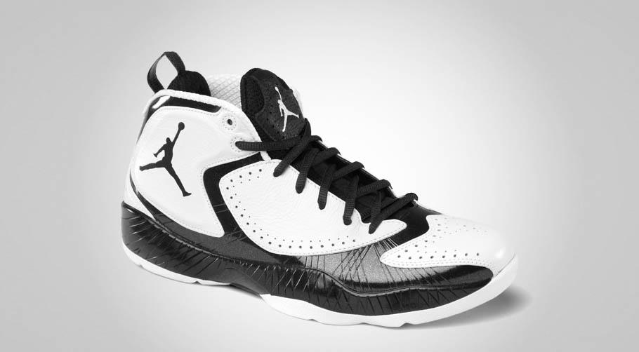 air jordan 2012 black and white