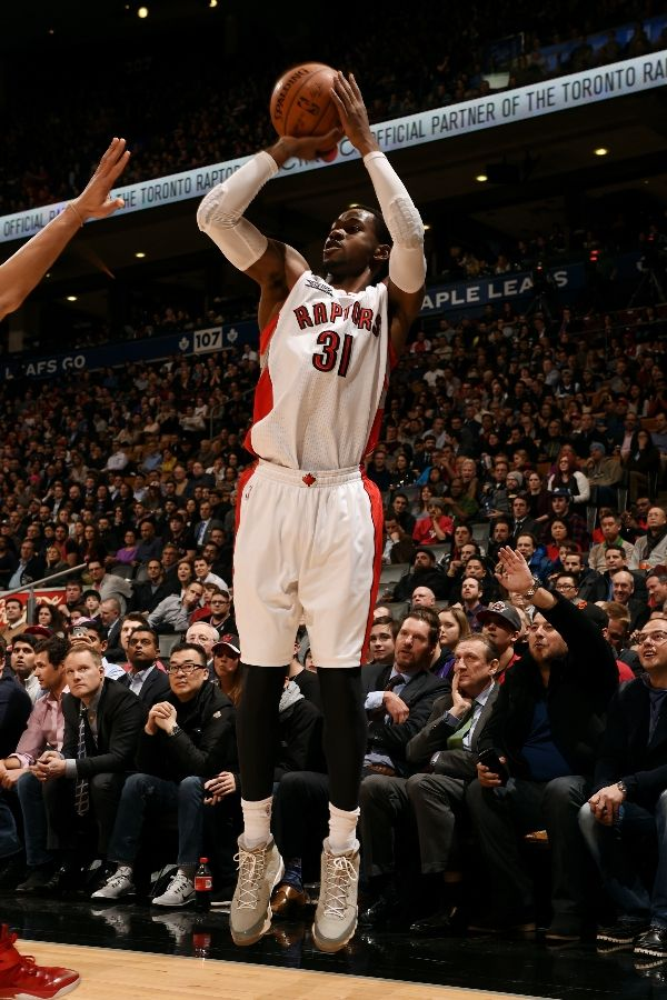 626be10a63e SoleWatch: Terrence Ross Wears the 'Cool Grey' Air Jordan 9 | Sole ...