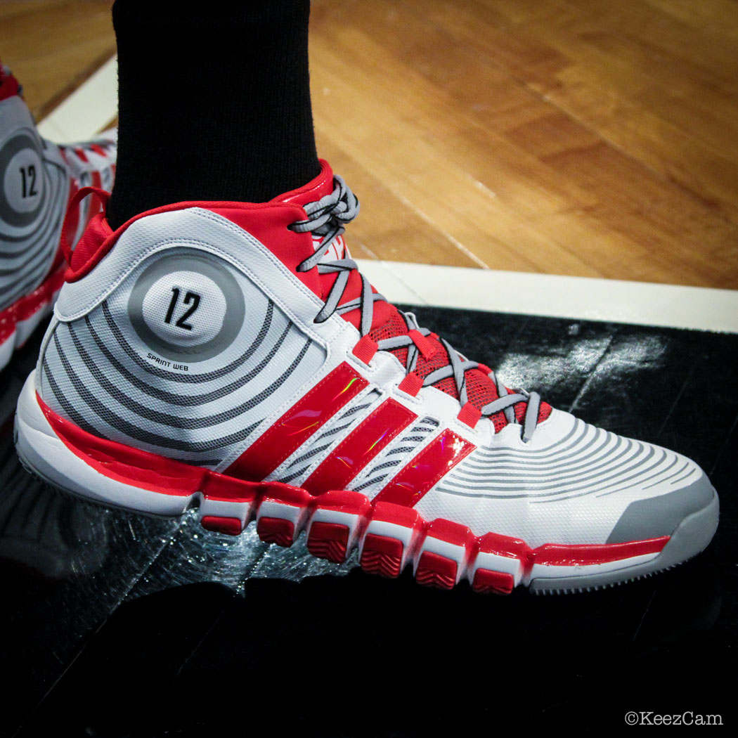 Dwight Howard wearing adidas D Howard 4 PE (3)