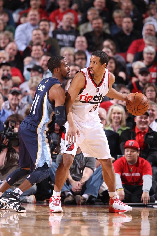 Andre Miller wearing the adidas adiZero Infiltrate