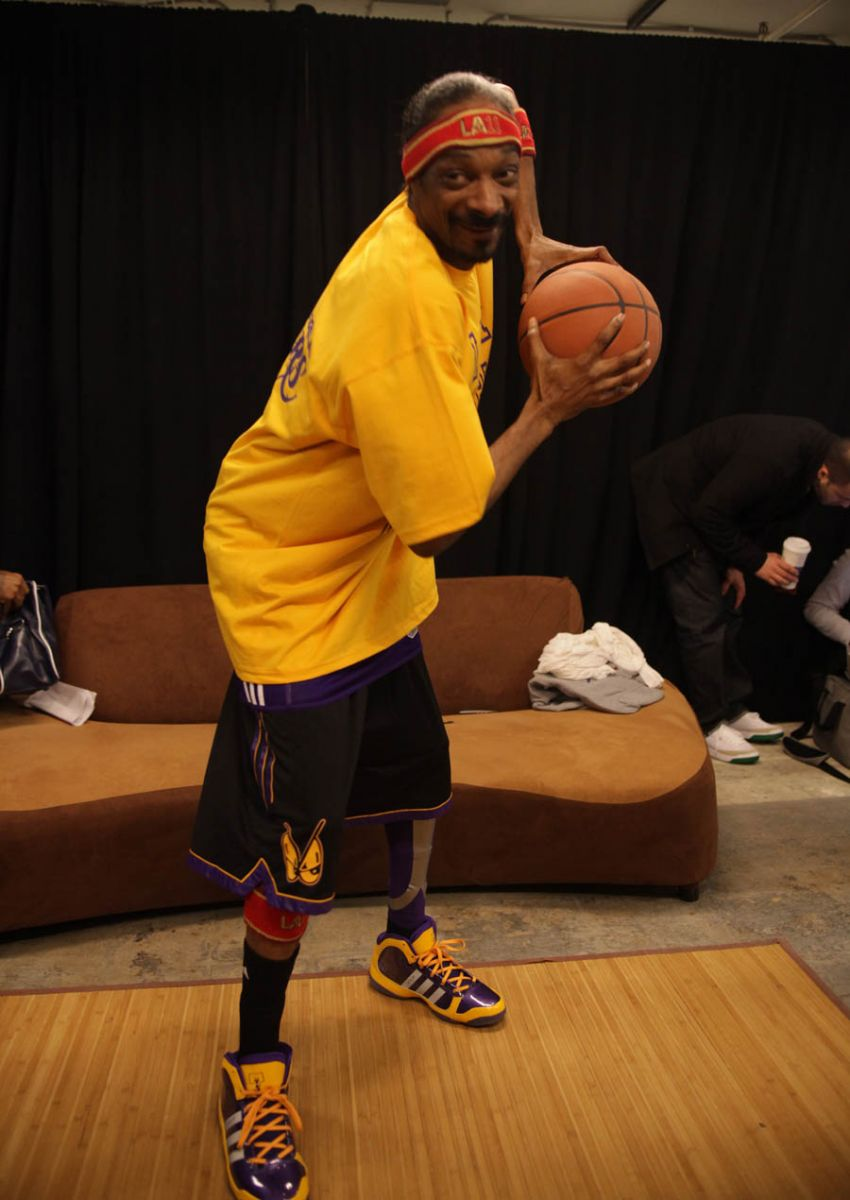 adiHOOP 3-on-3 - Snoop Dogg